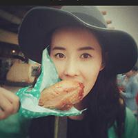 Headshot of Qingyao Chen